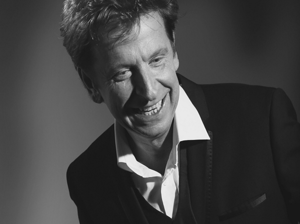 Barry Manilow by Paul Barrie | Kendall Events, Cyprus