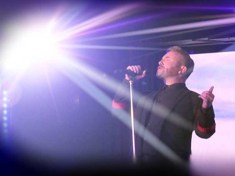 Tribute to Gary Barlow by Davey Nicholls   Kendall Events